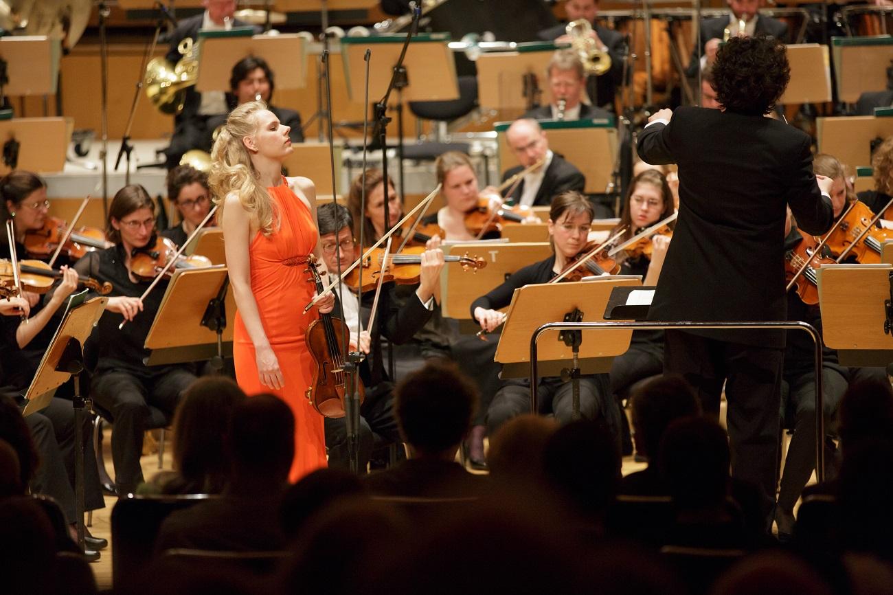 2013 - Germany, Frankfurthr-Sinfonieorchester, Ilyich RivasPhoto by Christiaan Moolenaars